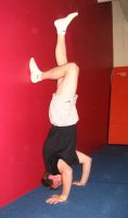 Handstand push up - wall assist correct